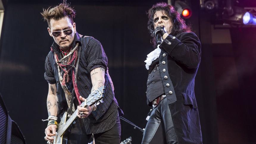 Rockstjärnor hyllar rockstjärnor i Sverige