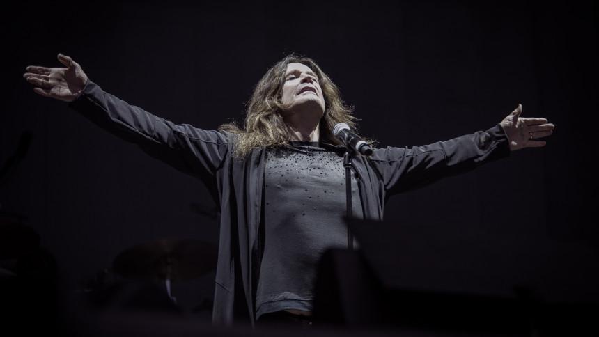 Ozzy skjuter upp Sverigekonserten – igen