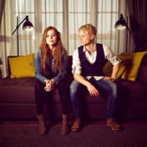 Jimmy Ahlén & Julia Bergwall: Dina Händer