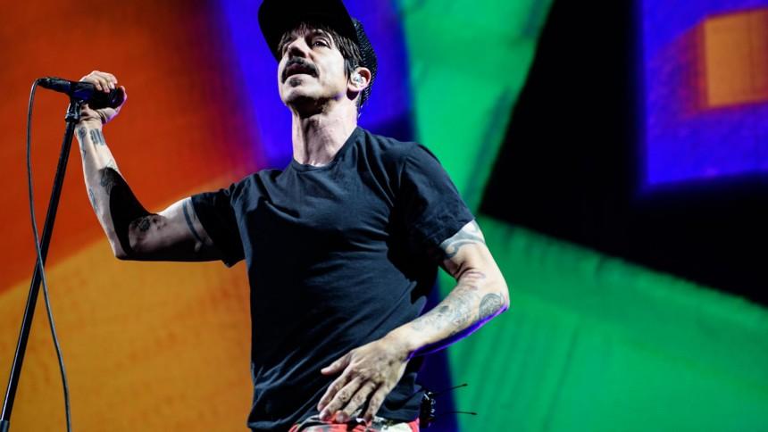 Red Hot Chili Peppers livestreamar konsert från pyramiderna i Giza