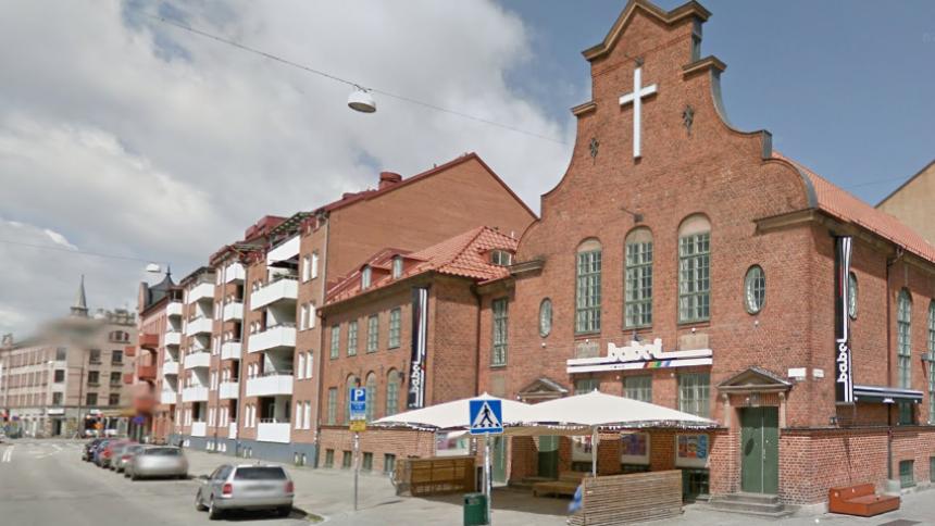 Svensk klubb utsatt för bombdåd inatt