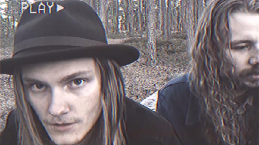 """VIDEOPREMIÄR med Hellsingland Underground – """"En av medlemmarna knarkade ihjäl sig"""""""