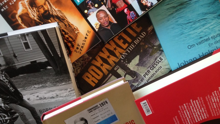 Julklappstips: Här är höstens viktigaste musikböcker