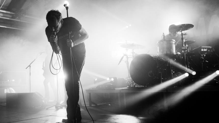 The Jesus & Mary Chain - Play Darklands