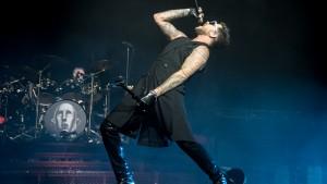 Queen + Adam Lambert - Friends Arena, Stockholm, 171121
