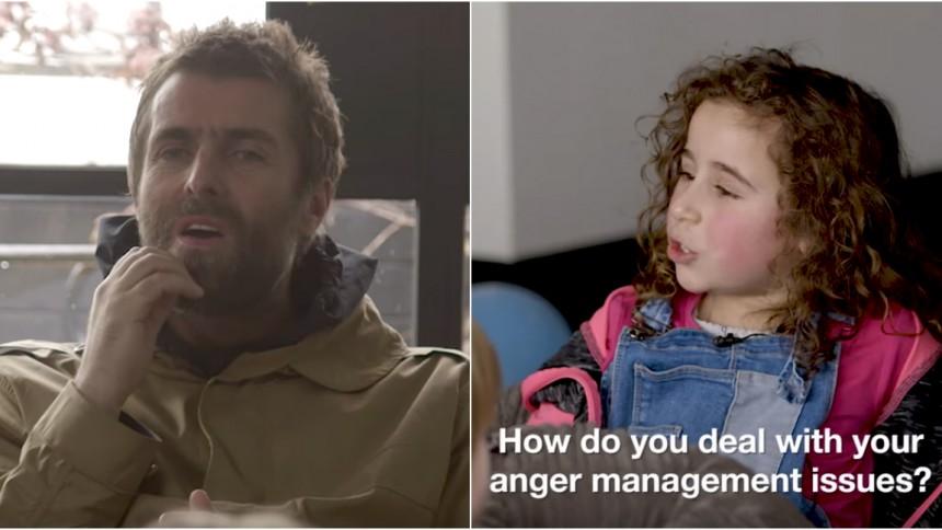 Bisarra ögonblick när Liam Gallagher intervjuas av barn