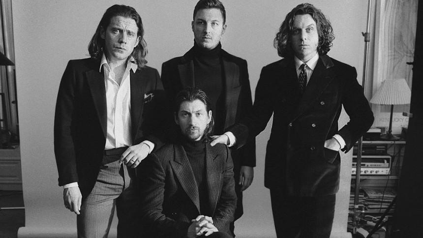 Fansen rasar mot Arctic Monkeys
