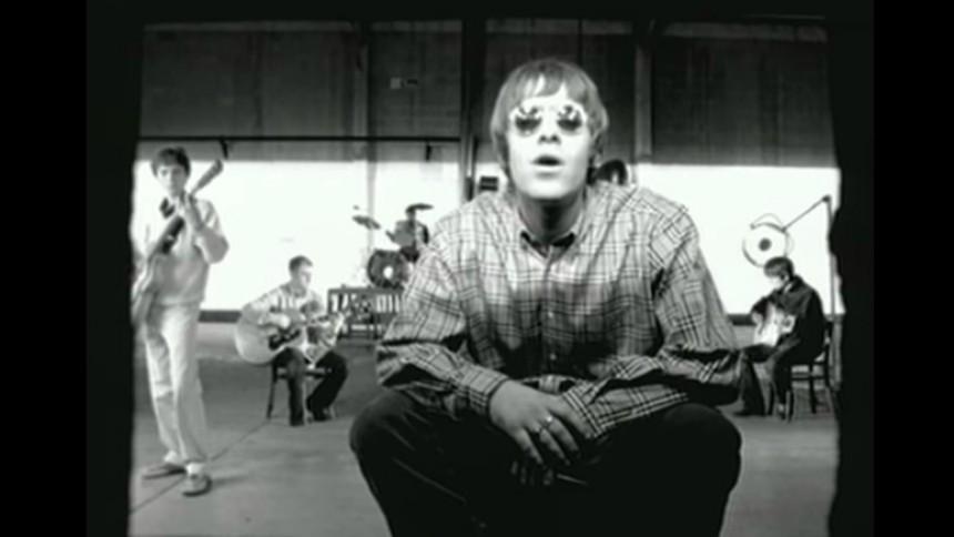 Åtalas för skadegörelse – blev triggad av Oasis