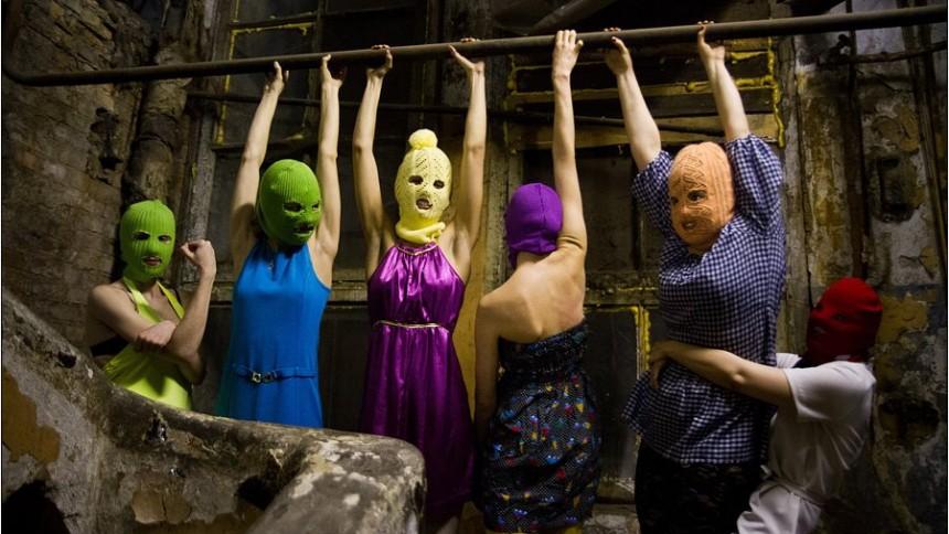 Medlemmar av Pussy Riot dömda till fängelse