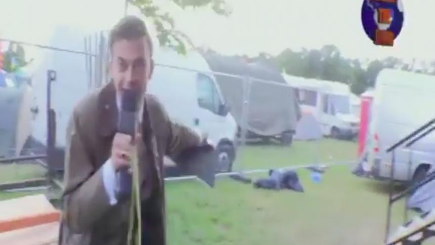 Är det här världens bästa festival-reporter?