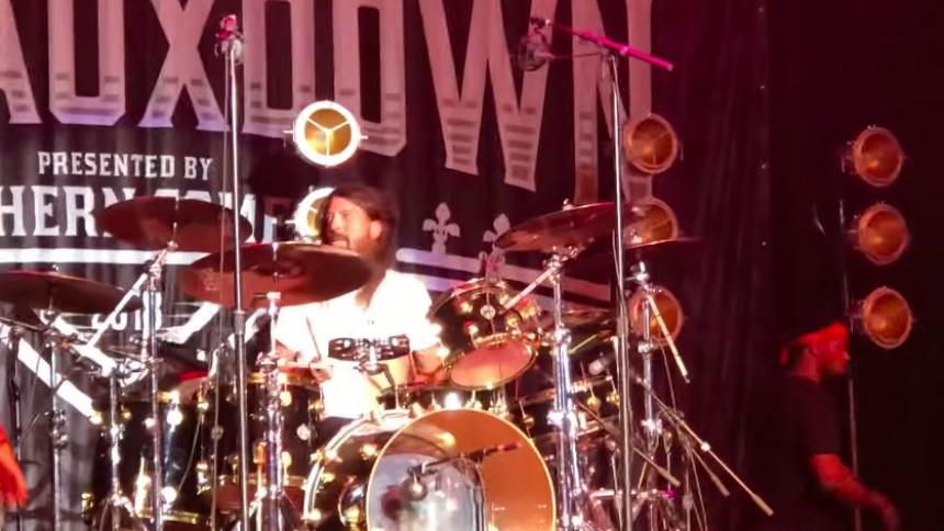 Här bjuder Dave Grohl på en Nirvana-överraskning
