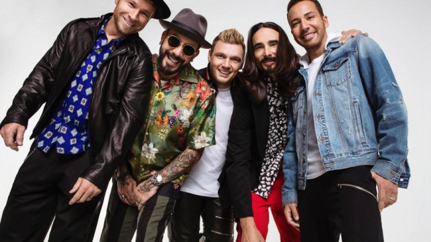 Backstreet Boys släpper album och gör Sverige