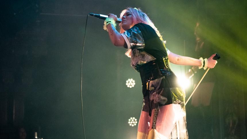 Allsång med Jinder och karaoke med Timbuktu på Stockholmsfestivalen