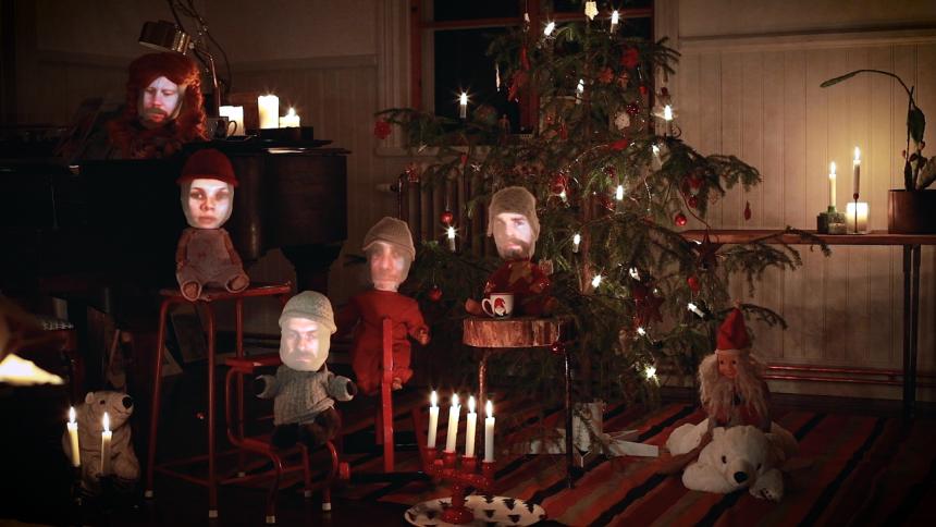 Har Amason och Mattias Alkberg gjort årets bästa jullåt? Lyssna här