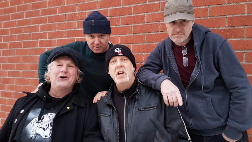 Svenska punklegendarer återförenas – efter 37 år