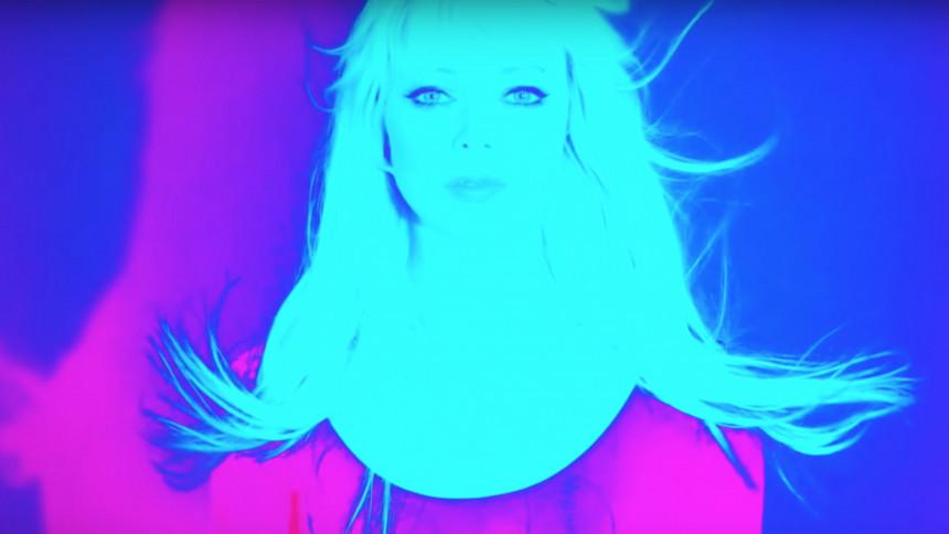 BÄST JUST NU: Efterlängtad spöklik discopop