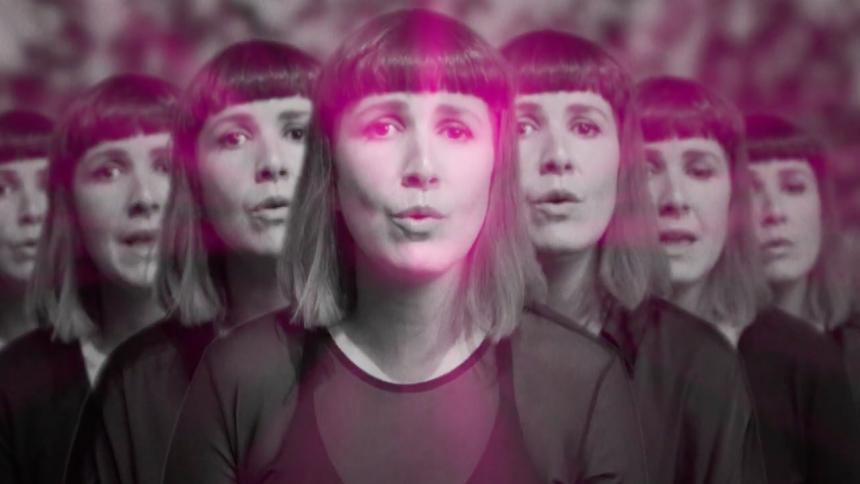 """PREMIÄR: Kent-tolkning står med video – """"speglar alla röster som ekar i ens huvud ..."""""""