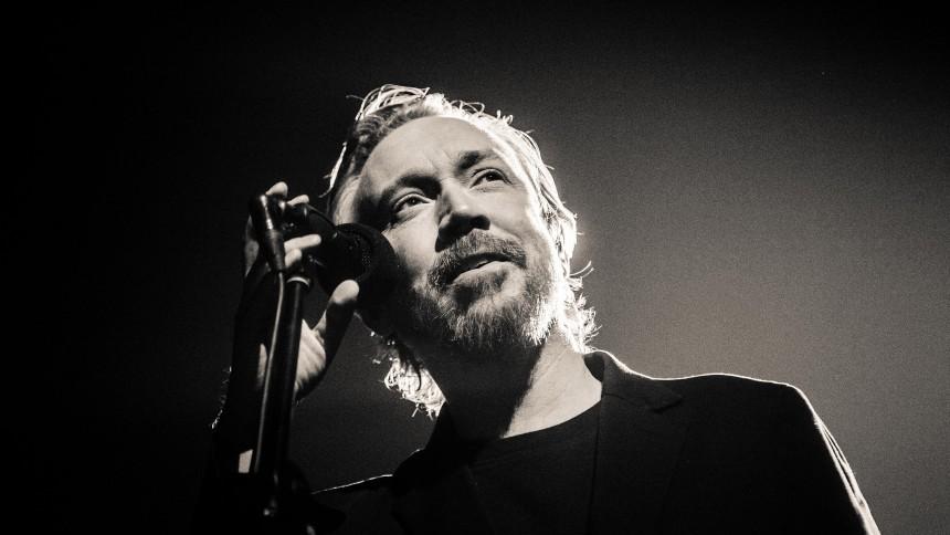 """Lars Winnerbäck släpper ny skiva – """"det var känslosamt"""""""