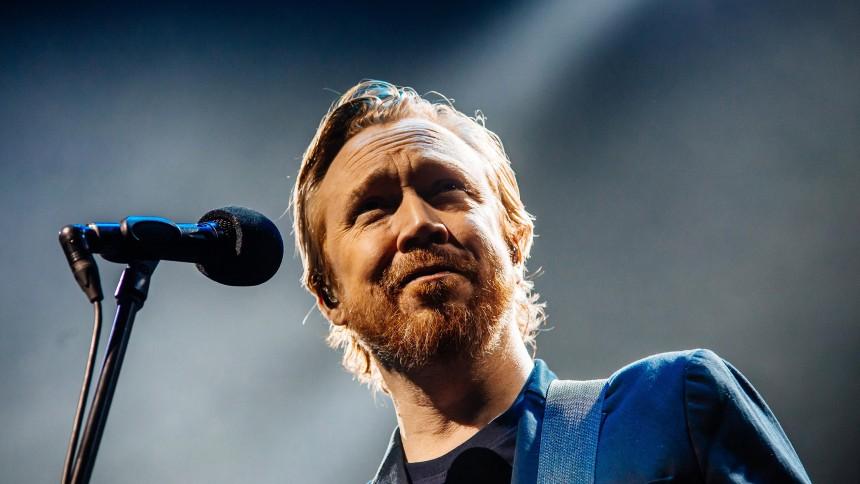 Lars Winnerbäck överraskar med ny skiva