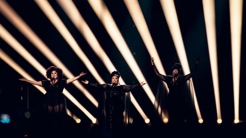 Melodifestivalens krav – vill få in fler kvinnliga låtskrivare