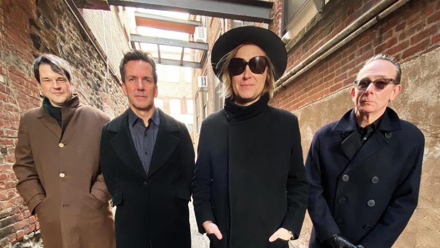 Dennis Lyxzéns nya supergrupp släpper album