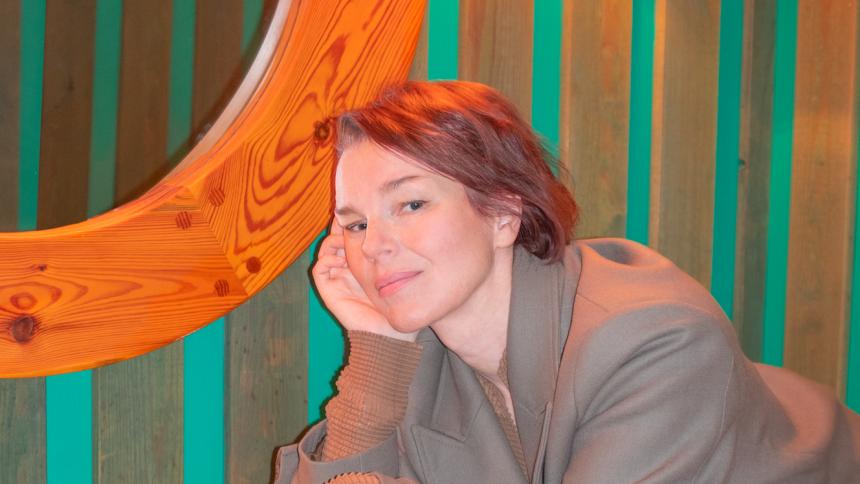 """""""Man är den man är och får vara glad för det man fick"""" – intervju med Anna Järvinen"""