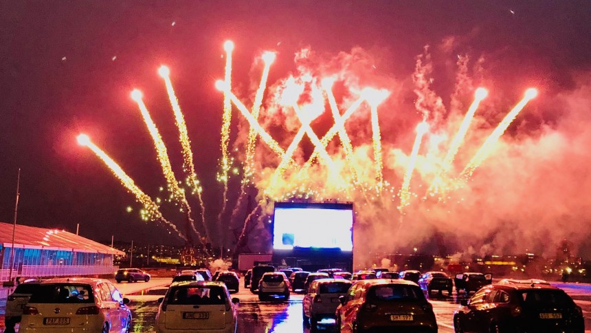 Konsten att anordna en drive-in-minifestival